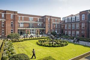 Study In Regent's University