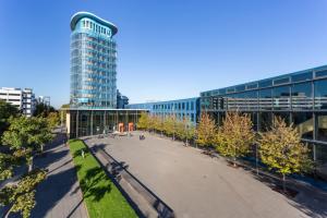 SRH-HOCHSCHULE-BERLIN-INTERNATIONAL-UNIVERSITY-OF-MANAGEMENT-Berlin-Tech-Job-Fair-Autumn-2019-1024x683